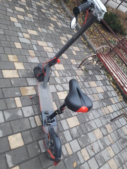 Электросамокат с сидениям амотизатор best scooter 2205 Одесса - изображение 1