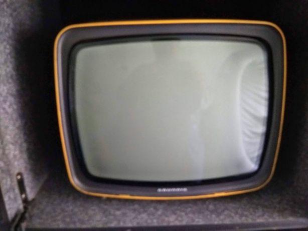 TV Grundig Triumph 12 e 220 V Vintage