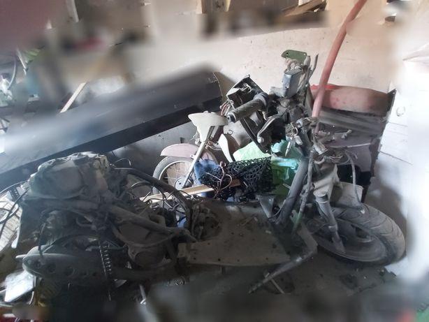 Kymco KB 50-rama z silnikiem + koła