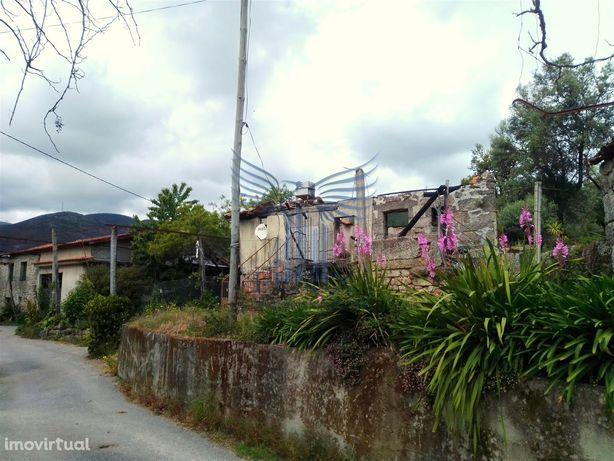 Moradia para Restaurar T2 Venda em Valdreu,Vila Verde