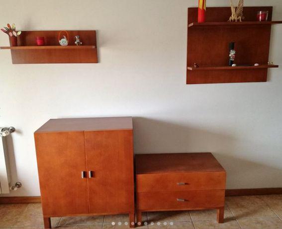 URGENTE - Mobília de sala em madeira