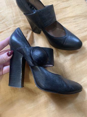 Жіночі туфлі 37р