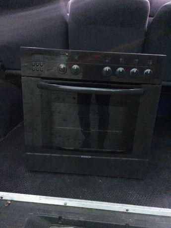 електро духовка з місцем для підєднання плити