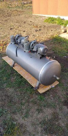 Компрессор вакуумный на 300 литров