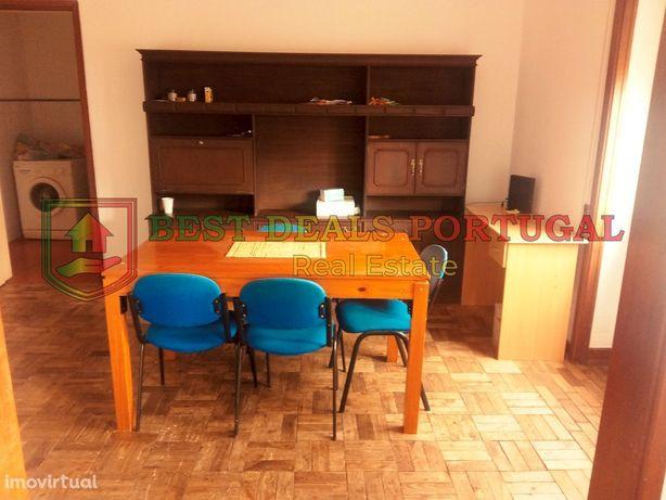 Apartamento T4; Equipado e Mobilado; Av Dias da Silva-Coimbra