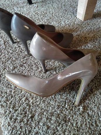 Туфлі-лодочки 2 пари