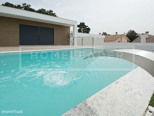 Moradia térrea de luxo com piscina em Belverde