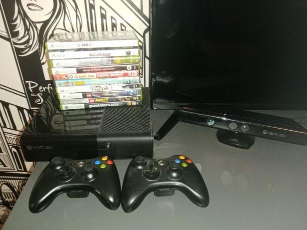 Konsola x box 360+kinect+2xpad+ 10 gier
