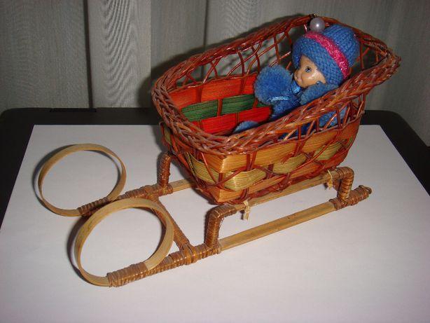Игрушка сувенирные плетеные сани санки.Ручная работа.