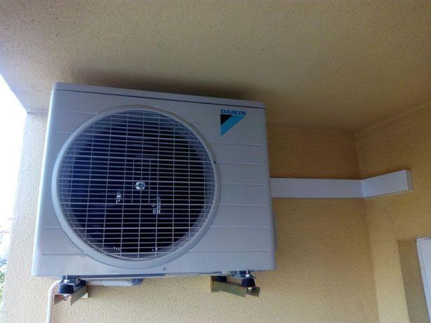 Ar condicionado e manutenção/reparação de equipamentos de hotelaria.