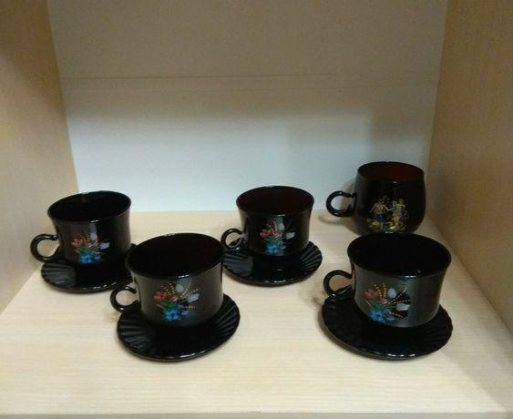 Чашки из стекла