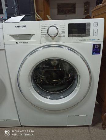 Стиральная машина Samsung WF70F5E5P4W