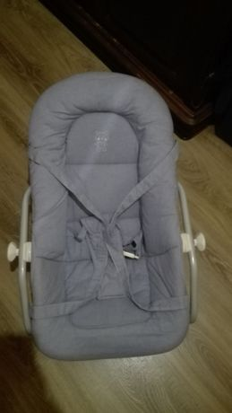 Espreguiçadeira/ Cadeira de bebé