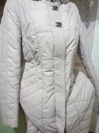 Женское пальто .