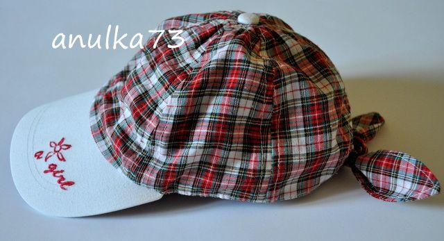 Lekka dziewczęca czapka z daszkiem LPP w krateczkę na 4-6 lat 51 cm