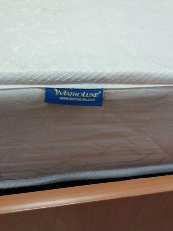Продам Б.У кровати: односпальные с матрацами 80х190