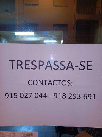 Trespassa se Cafe Charrete em Olhao