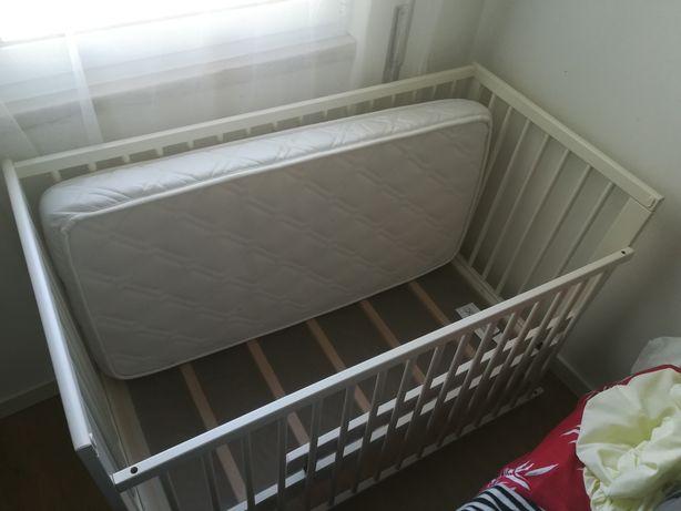 Berço Ikea 60 X 120 + colchão + barra segurança + ederdon e capa