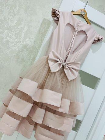 Сукня. Нарядне плаття. Платье.
