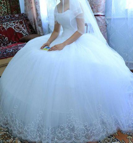 Весільна сукня, круги,чохол
