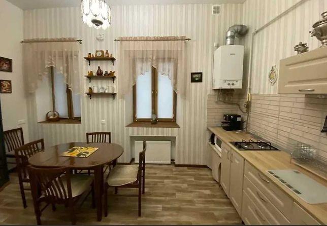 ЛФ-3       2-х комнатная квартира с ремонтом на Екатерининской