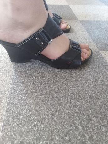 Sprzedam buty damskie skórzane roz 36