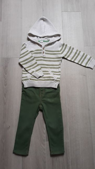 Komplet chłopięcy- spodnie i sweterek rozm. 86/92