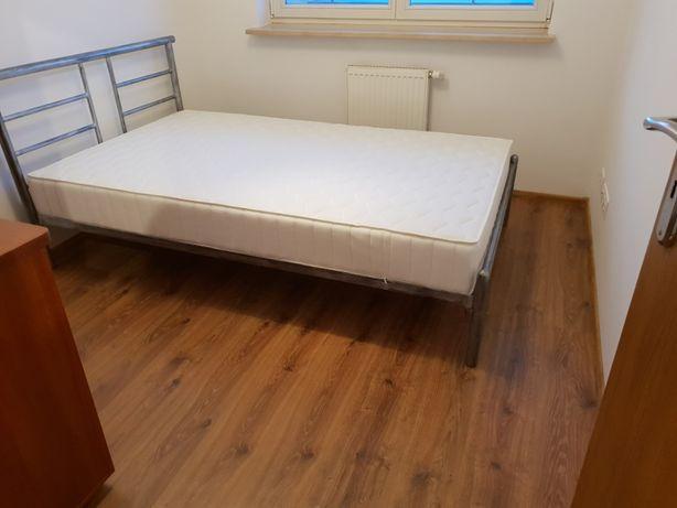 nieużywane 2-osobowe metalowe łóżko + drewniany stelaż + materac