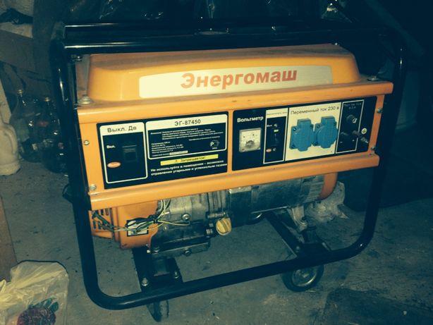 Продаётся бензиново - газовый генератор в Луганске