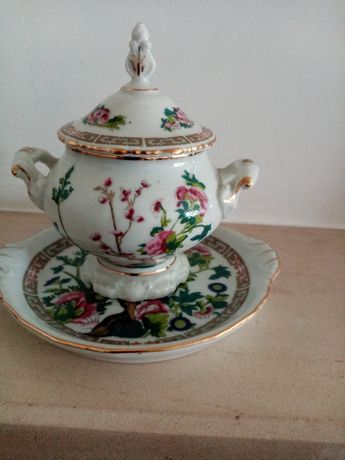 Objetos de decoração em porcelana