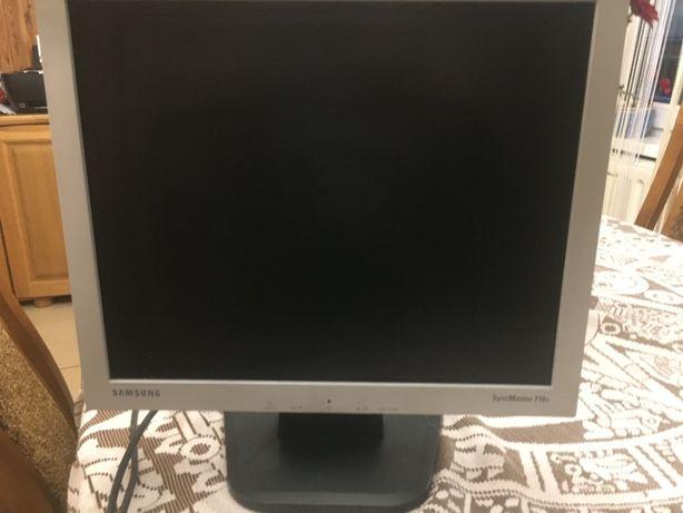 monitor Samsung -syncmaster 710v