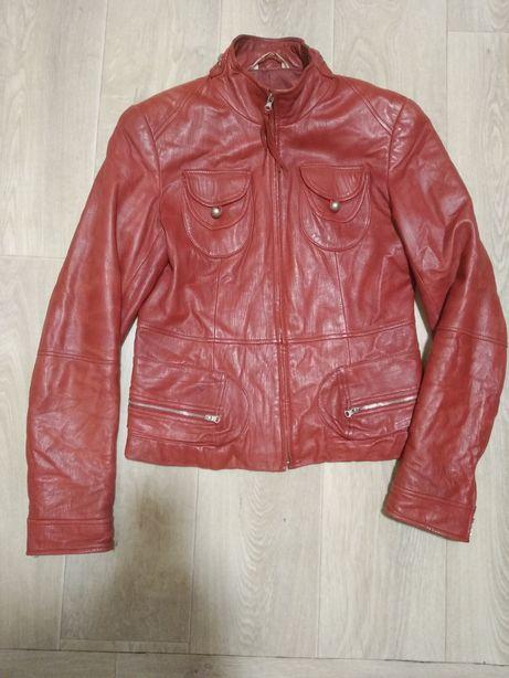Кожаная куртка косуха  пиджак кожа 42