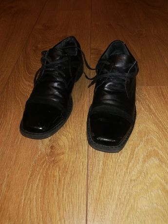 Eleganckie buty dla chłopca I sza Komunia Święta