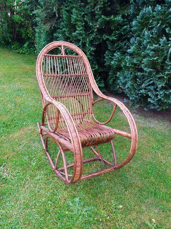 Fotel bujany wiklinowy
