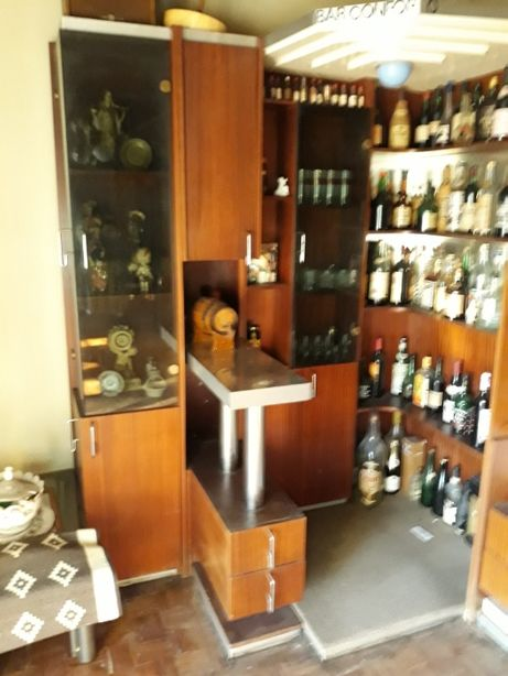 móvel de bar antigo