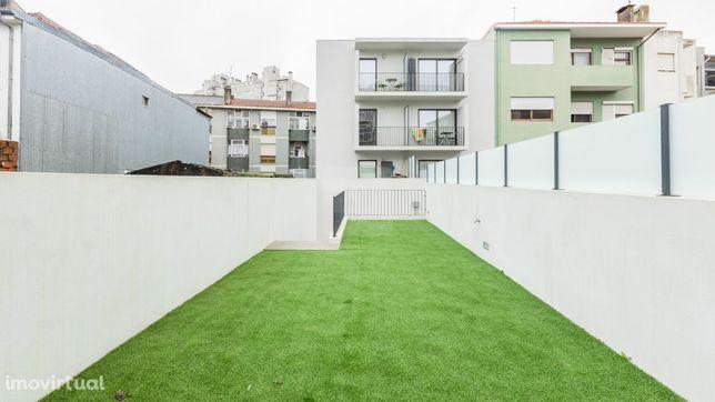 Apartamento T1 Novo Pronto a Habitar, ao Carvalhido