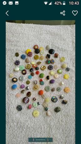 Botões novos 0,20 cêntimos cada em quantidades