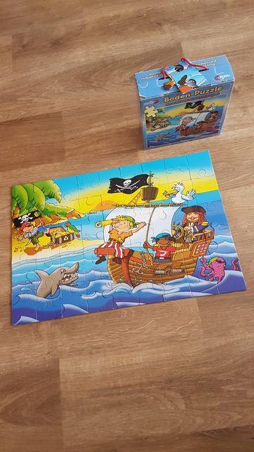Duże puzzle podłogowe