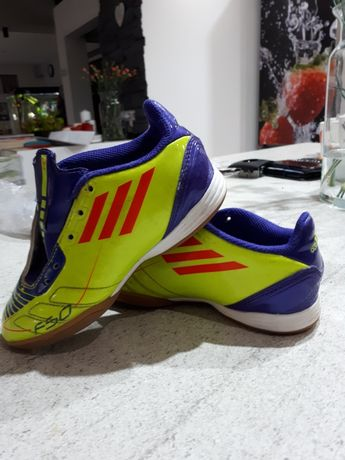 Adidas buty piłkarskie halowe