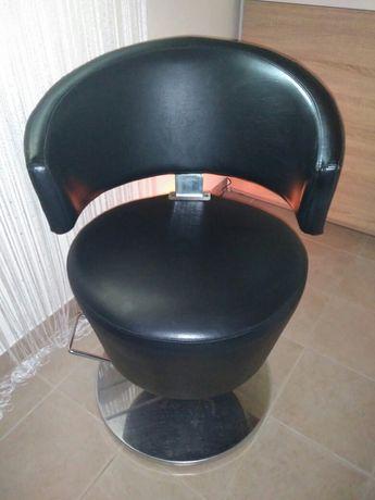 Cadeira Hidráulica de Cabeleireiro ou Manicure