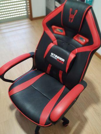 Cadeira gaming nova
