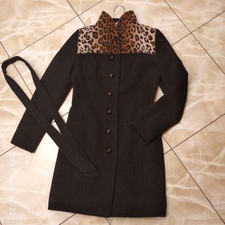 Пальто кашемірове жіноче.