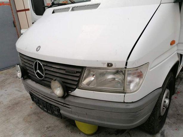 Przód Mercedes Sprinter Wdb 902