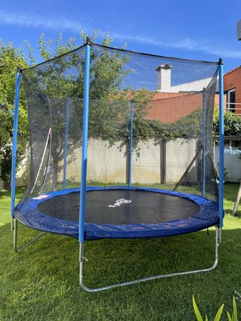 Alugo trampolim 3 m diametro