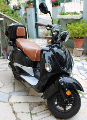 Oportunidade!!  Scooter 125cc! Económica!