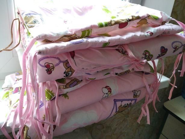 Охранка, бортик, защита на кроватку для девочки