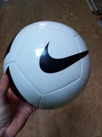 Nowa piłka nożna Nike r.4 sportowa mecz, wysyłka 1zł