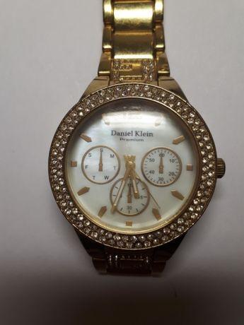 Женские часы Daniel Klein