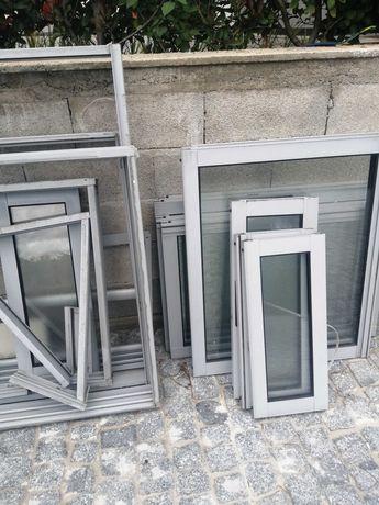 Portas e janelas de vidro duplo em alumínio