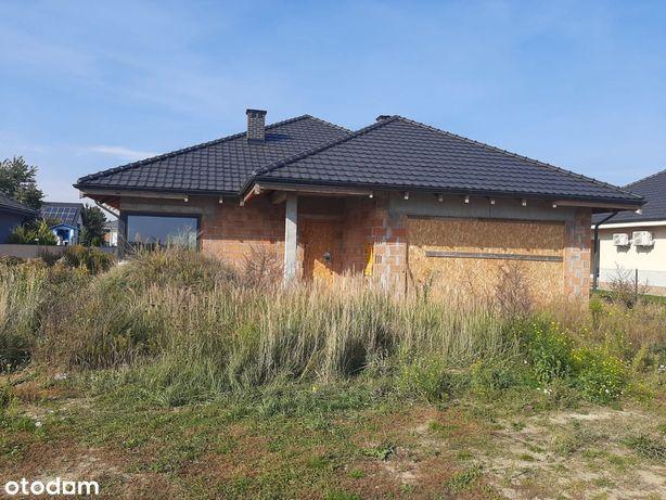 Dom parterowy w Dąbrowie (gmina Dopiewo)